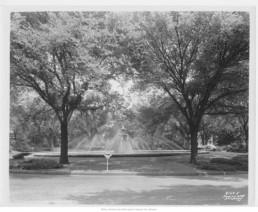 Meyer Boulevard Fountain